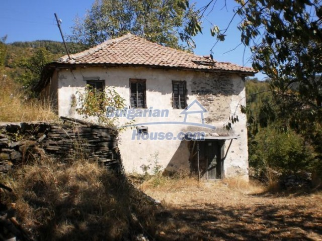 11158:1 - Rural house in an astoundingly picturesque area,Kardzhali
