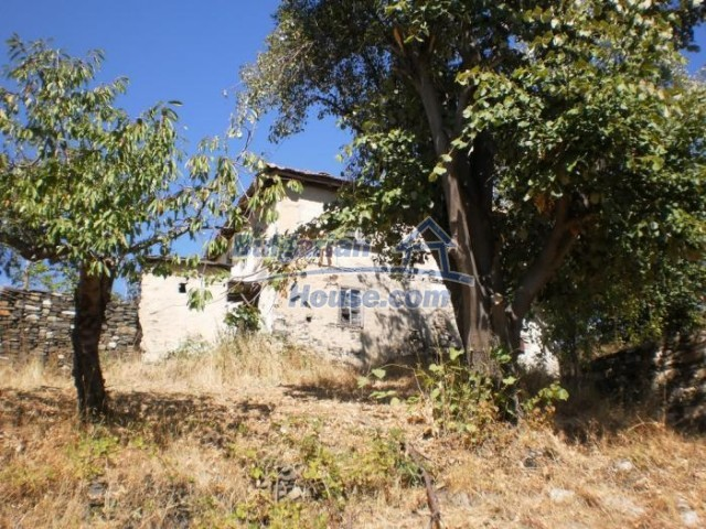 11158:6 - Rural house in an astoundingly picturesque area,Kardzhali