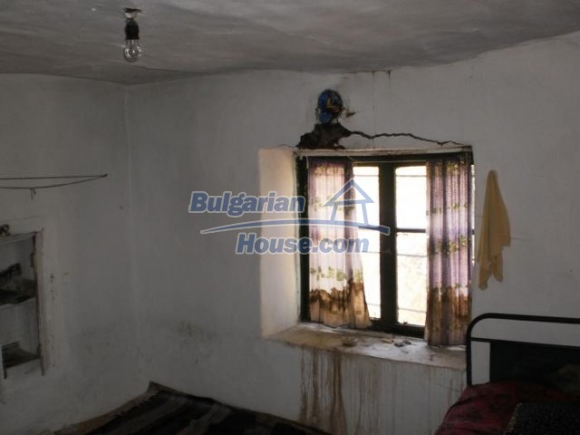 11158:11 - Rural house in an astoundingly picturesque area,Kardzhali