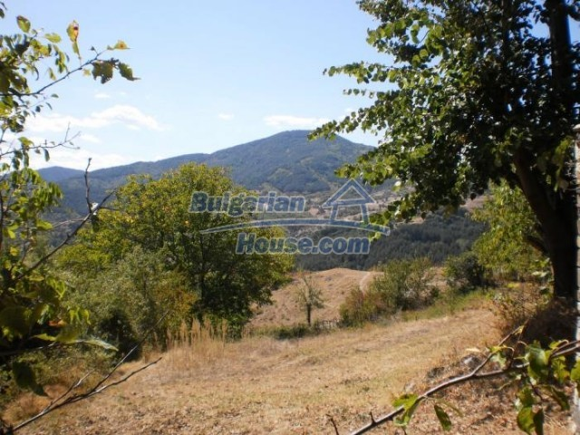 11158:12 - Rural house in an astoundingly picturesque area,Kardzhali