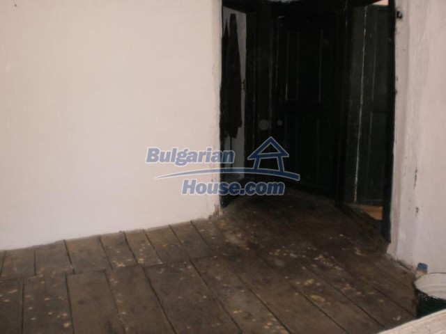 11158:9 - Rural house in an astoundingly picturesque area,Kardzhali