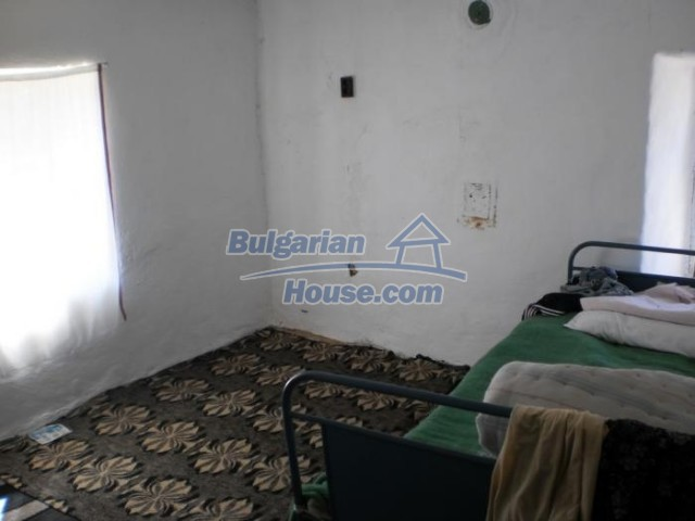 11158:10 - Rural house in an astoundingly picturesque area,Kardzhali