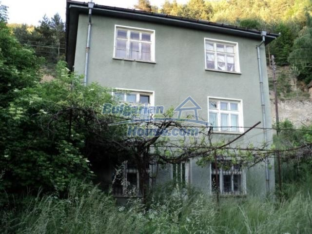 11172:5 - Three-storey house near Smolyan,mountainous enchantment