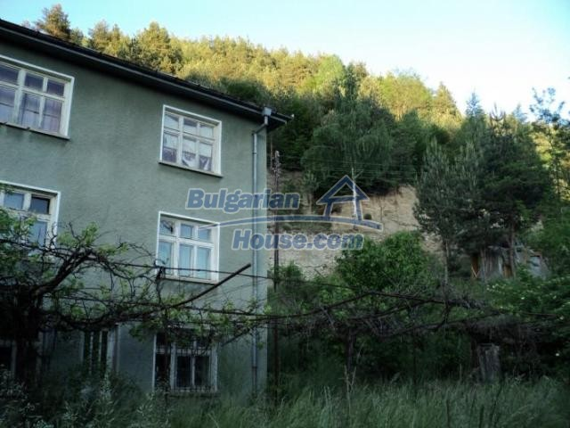 11172:20 - Three-storey house near Smolyan,mountainous enchantment