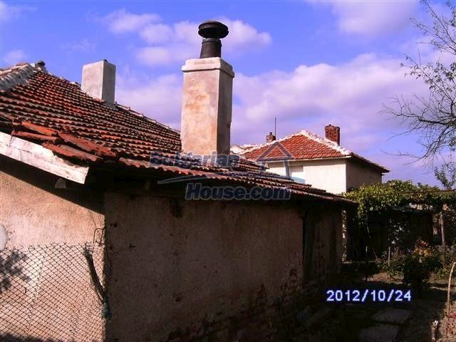 11177:5 - Nice single-storey house with an enormous garden plot,Elhovo