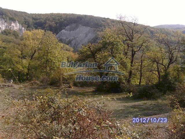 11177:15 - Nice single-storey house with an enormous garden plot,Elhovo