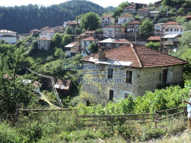 11178:7 - Massive cheap house with a mountain view near Kardzhali