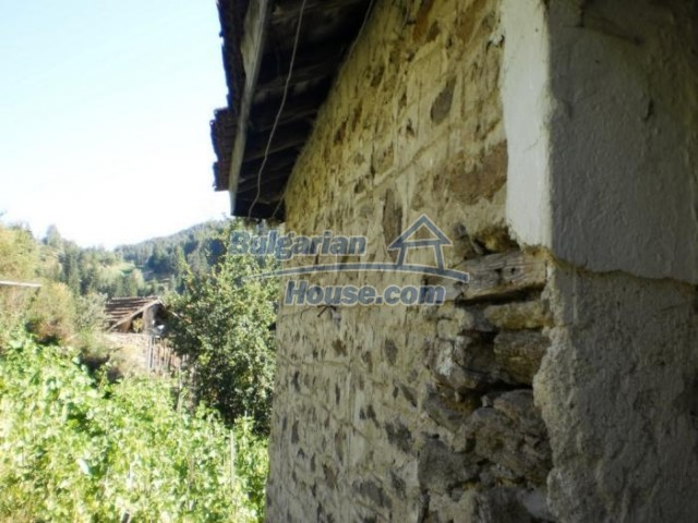 11178:8 - Massive cheap house with a mountain view near Kardzhali