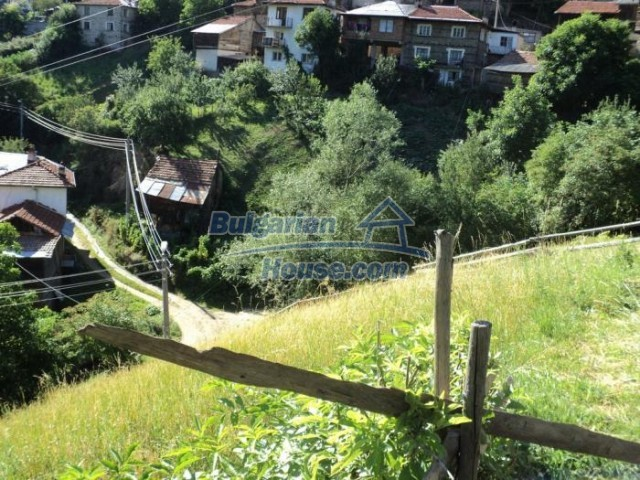 11178:16 - Massive cheap house with a mountain view near Kardzhali