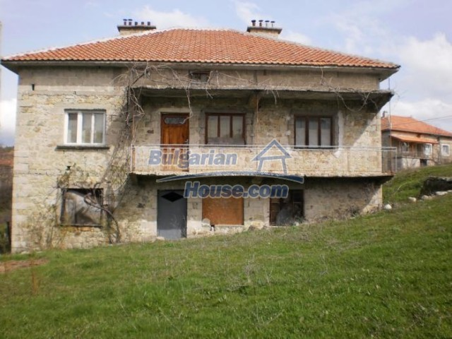 11181:1 - House in a beautiful region near Kardzhali,stunning views