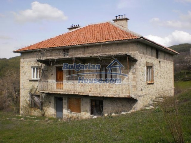 11181:2 - House in a beautiful region near Kardzhali,stunning views