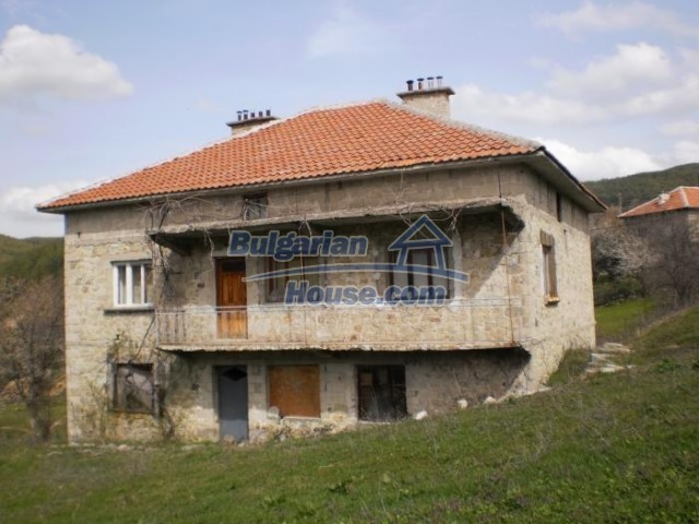 11181:3 - House in a beautiful region near Kardzhali,stunning views