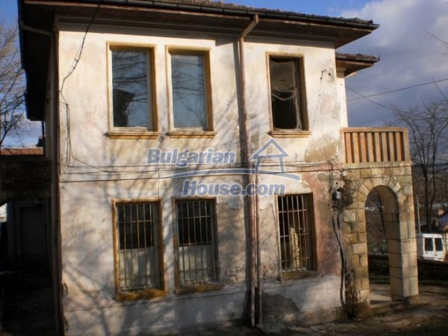 11183:5 - Rural brick house with a wondrous panoramic view,Kardhzali
