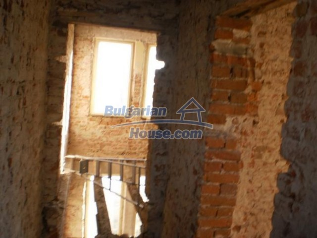 11183:8 - Rural brick house with a wondrous panoramic view,Kardhzali