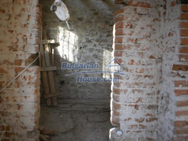 11183:9 - Rural brick house with a wondrous panoramic view,Kardhzali