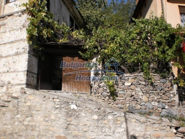 11184:6 - Beautiful sunny house in a historic place near Smolyan