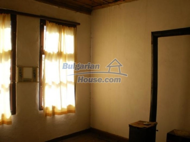 11184:9 - Beautiful sunny house in a historic place near Smolyan