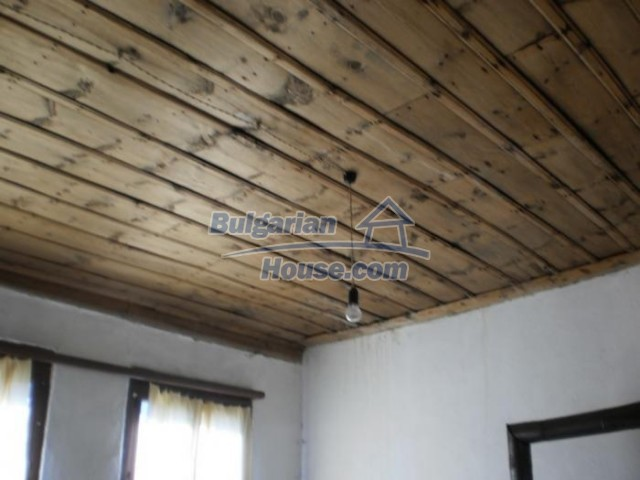 11184:10 - Beautiful sunny house in a historic place near Smolyan