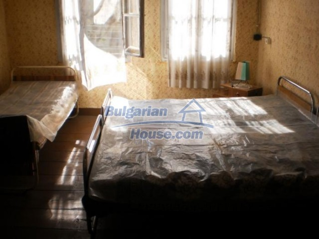 11184:13 - Beautiful sunny house in a historic place near Smolyan