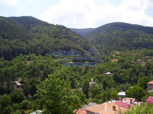 11184:16 - Beautiful sunny house in a historic place near Smolyan