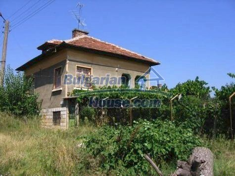 11185:1 - Property near a mountain and mineral springs,Vratsa region