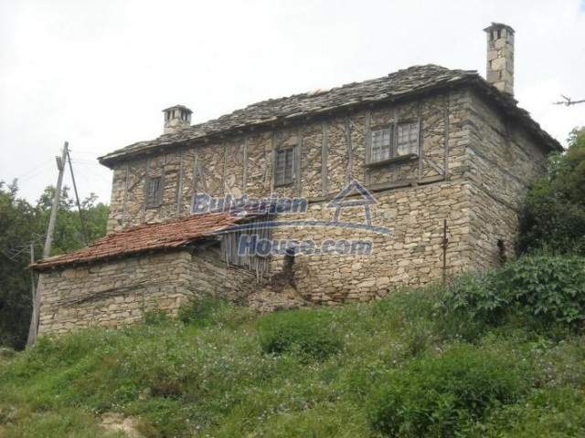 11193:1 - Nice solid house with splendid surroundings -Kardzhali