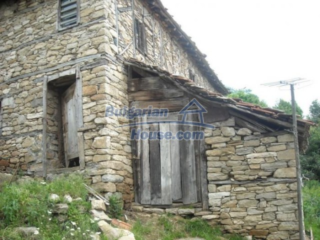 11193:8 - Nice solid house with splendid surroundings -Kardzhali