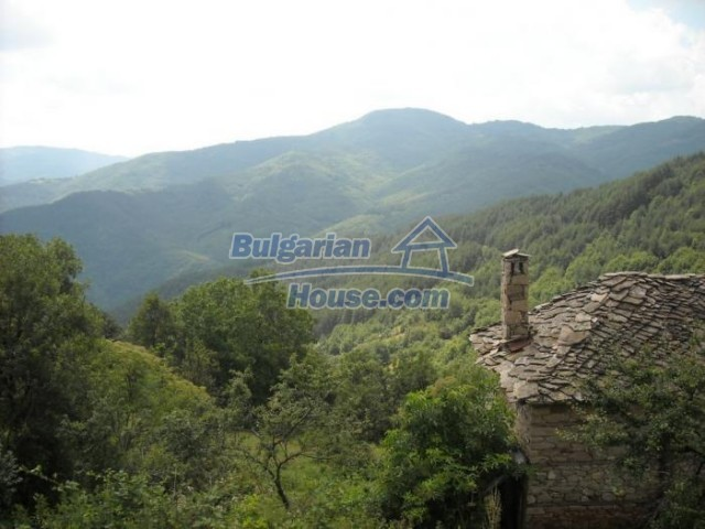 11193:13 - Nice solid house with splendid surroundings -Kardzhali