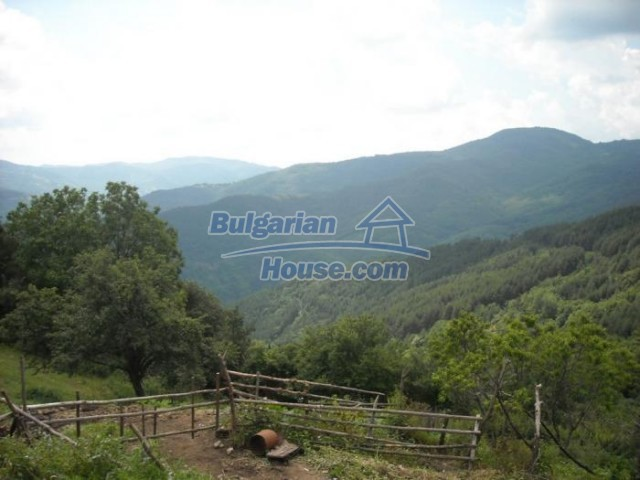 11193:21 - Nice solid house with splendid surroundings -Kardzhali