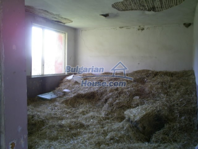 11194:20 - House for sale with lovely mountain views in Karjali region