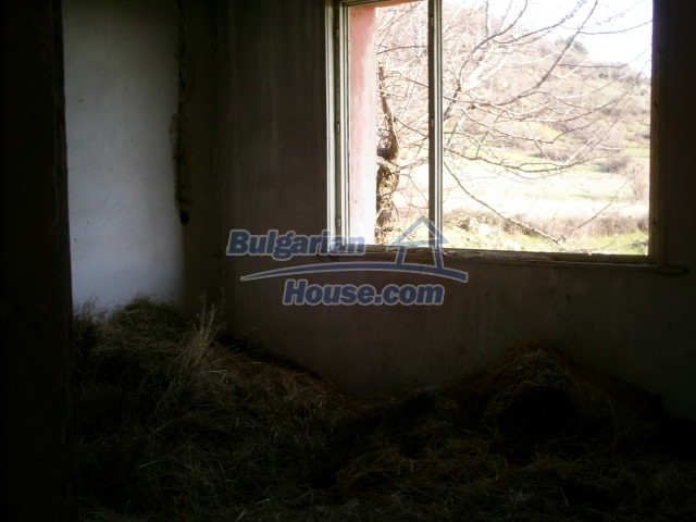 11194:21 - House for sale with lovely mountain views in Karjali region