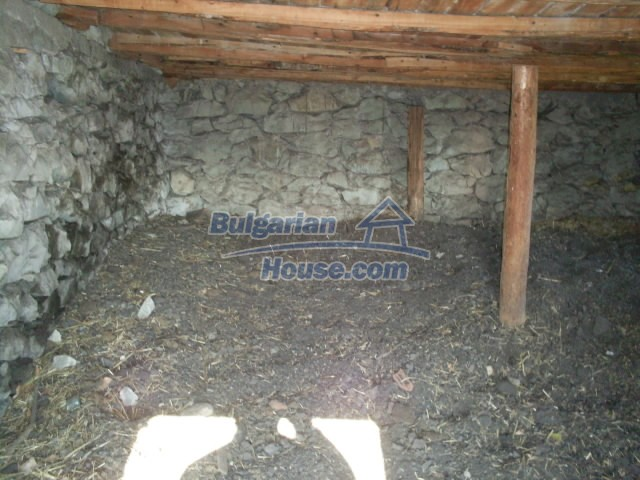 11194:24 - House for sale with lovely mountain views in Karjali region