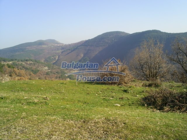 11194:27 - House for sale with lovely mountain views in Karjali region
