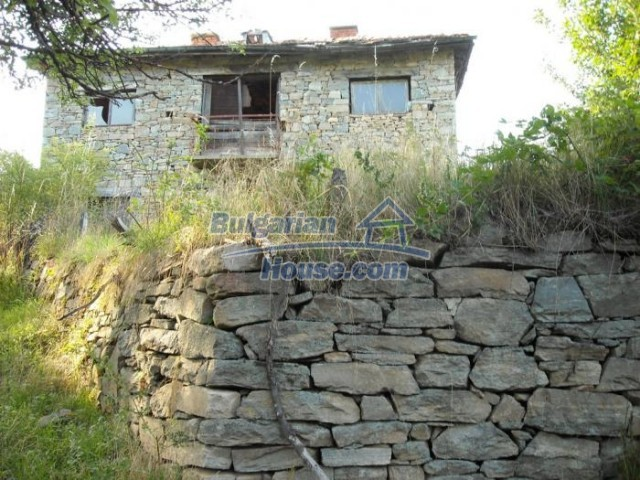11201:12 - Stone house in a beautiful unspoiled countryside near Kardzhali