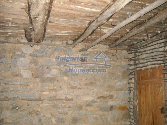 11201:18 - Stone house in a beautiful unspoiled countryside near Kardzhali