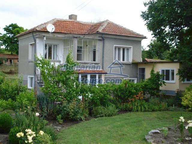 11203:1 - Gorgeous partly furnished and renovated house near Elhovo