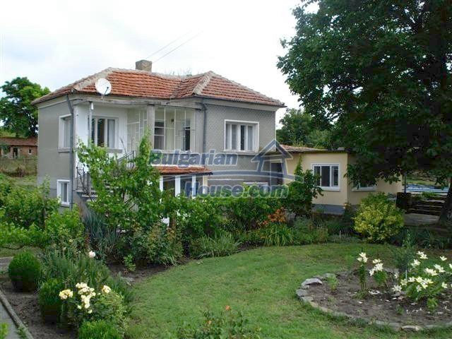 11203:2 - Gorgeous partly furnished and renovated house near Elhovo