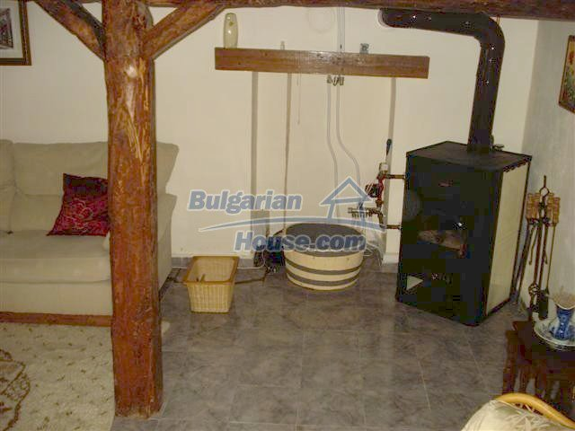 11203:12 - Gorgeous partly furnished and renovated house near Elhovo
