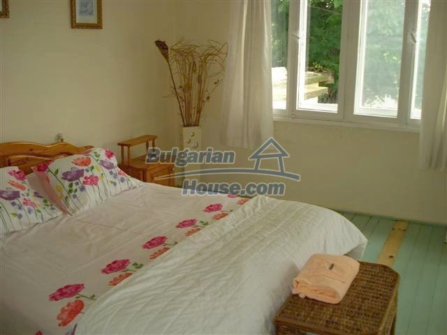 11203:20 - Gorgeous partly furnished and renovated house near Elhovo