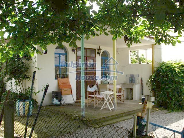 11203:24 - Gorgeous partly furnished and renovated house near Elhovo