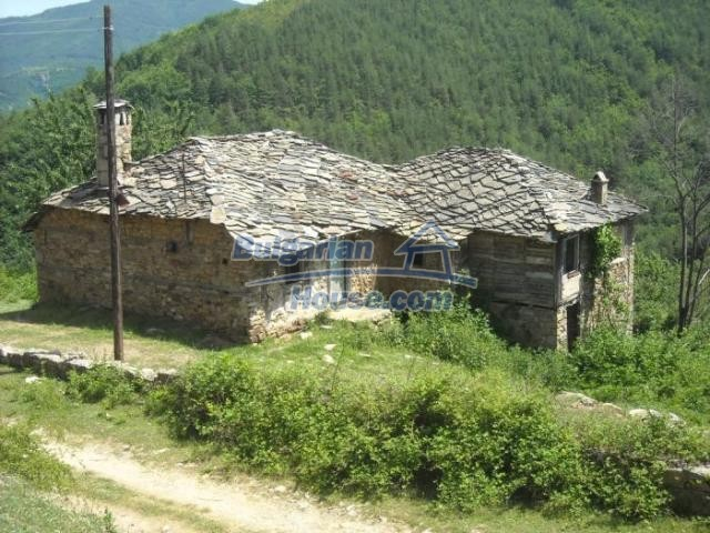 11207:1 - Rural stone built house in the Rhodope Mountains