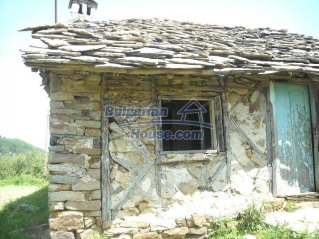 11207:7 - Rural stone built house in the Rhodope Mountains