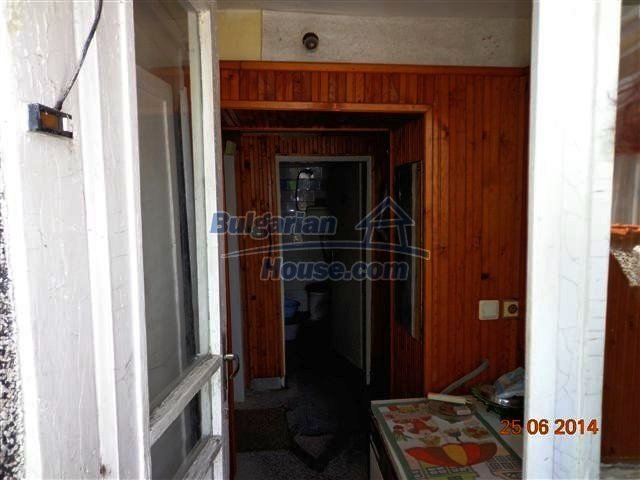 11210:2 - Cozy cheap brick house with a nice garden in Elhovo