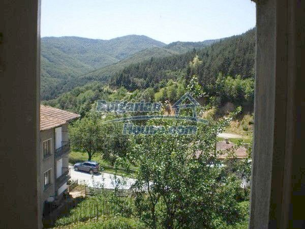 11224:15 - Two-storey house near a spa resort with a mountain view