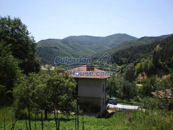 11224:16 - Two-storey house near a spa resort with a mountain view
