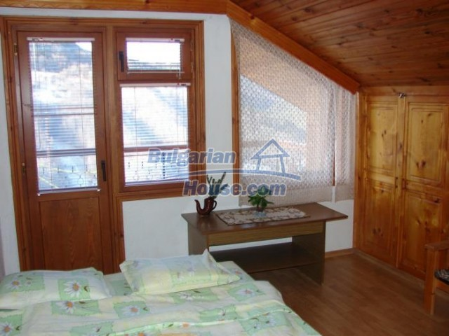 11226:10 - Incredible furnished three-storey house near Smolyan