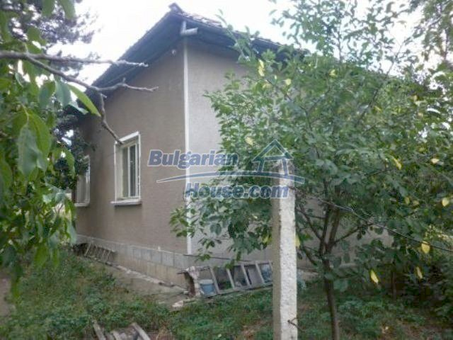 11227:3 - Two pretty houses with a sunny garden near Vratsa