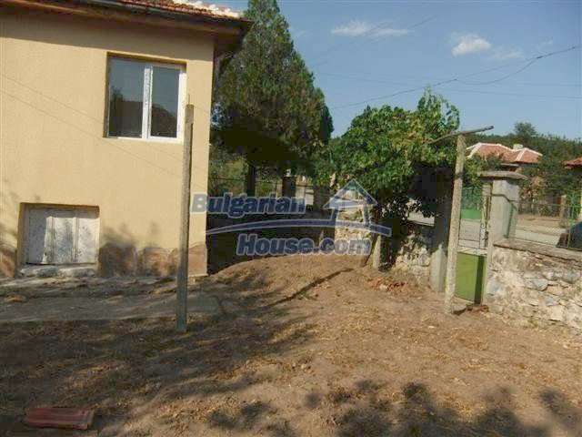 11231:4 - Cheap recently renovated rural house in Haskovo region