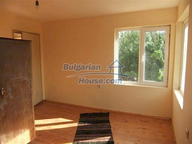 11231:15 - Cheap recently renovated rural house in Haskovo region