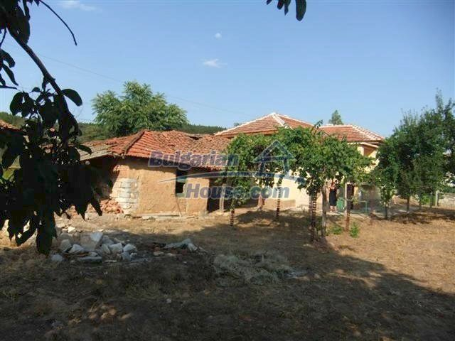 11231:18 - Cheap recently renovated rural house in Haskovo region